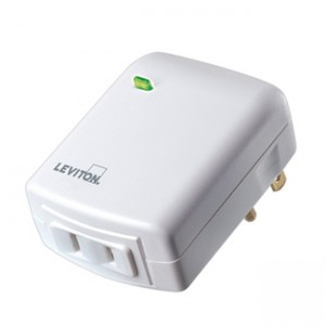 Leviton VRPD3-1LW Z-Wave Universal 300W Lamp Plug In Module